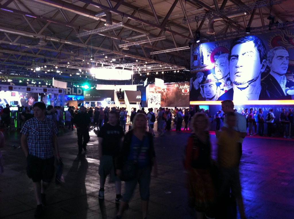 No no no, behind the OTHER Sleeping Dogs booth.